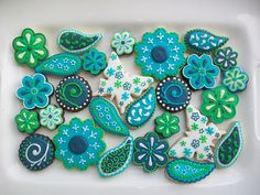 paisley cookies blue and green Flower Sugar Cookies, Blue Cookies, Fancy Cookies, Iced Cookies, Royal Icing Cookies, Cupcakes, Cupcake Cookies, Biscuits, One Smart Cookie
