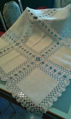Elegant Filet Crochet Tablecloth For Modern Table Decor – Page 6 – Crochet F Crochet Lace Edging, Crochet Borders, Crochet Doilies, Crochet Patterns, Diy Crafts Knitting, Diy Crafts Crochet, Diy And Crafts Sewing, Crochet Table Runner, Crochet Tablecloth