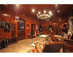 Tack room of my DREAMS!!