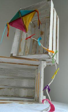 Pipa do desenho infantil Mundo do Bita. Confeccionado em feltro. <br>Ideal para decoração de festa de aniversário e quarto infantil.