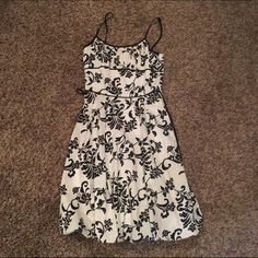 I.N. Black and White Dress This is an older dress, but it was only worn a few times and in good condition! Zips in the back and ties. Very cute! I.N. San Francisco Dresses