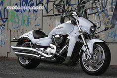 suzuki-boulevard-m109r- all white