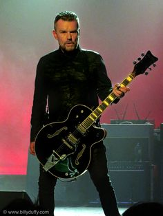 Ready for action... - Billy Duffy