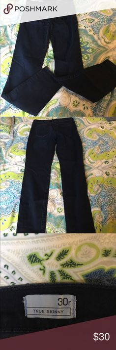 GAP True Skinny Jeans True skinny jeans, dark wash. Worn once and in perfect condition! GAP Jeans Skinny