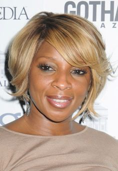 Mary J. Bliges short, blonde hairstyle