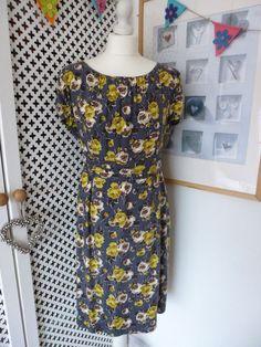 Boden Vintage Ruched Waist Shift Dress