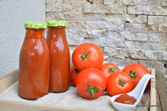 Ketchup de casă cremos ca cel din comerț însă fără conservanți | Savori Urbane Ketchup, Preserves, Vegetables, Food, Winter, Canning, Winter Time, Preserve, Essen