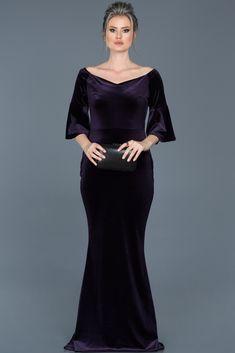 c6068fa675373 2019 için en iyi 88 Velvet dresses, kadife abiye elbiseler görüntüsü