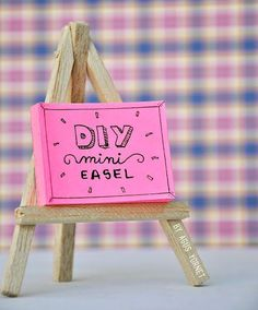 Tiny Easel and Canvas Set | 50 Tiny And Adorable DIY Stocking Stuffers