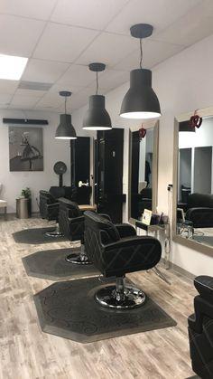 Ht salon design home hair salons, beauty salon interior, salon lighting, luxury salon Home Hair Salons, Hair Salon Interior, Salon Interior Design, Home Salon, Beauty Salon Decor, Beauty Salon Design, Salon Lighting, Barber Shop Decor, Salon Furniture