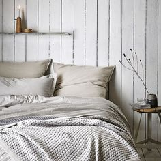 Wood cladded walls | The Murmur range from Bedeck. http://www.hglivingbeautifully.com/2015/09/10/easy-and-relaxed-homewares-from-bedecks-murmur-collection/