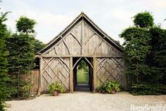 Lovin' this barn-like structure!
