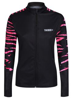Featuring a unique zebra and snakeskin hybrid print across the upper back and sleeves, the Zebra Cobra Blush jacket blends pink and black for a stylish and wild workout top.  Cut from soft, breathable fabric, this comfortable jacket is essential for colder weather during warm-ups or outdoor training sessions. It defends against sweat and raindrops, wicking away moisture and staying lightweight and opaque. Running Jacket, Workout Tops, Snake Skin, Cold Weather, Blush, Training, Warm, Stylish, Unique