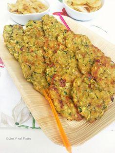 Frittelle di zucchine al forno e cipolle grigliate