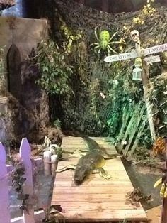 Third Degree of Terror 2014 - Swamp scene Voodoo Party, Voodoo Halloween, Pirate Halloween, Halloween Scene, Outdoor Halloween, Halloween 2019, Holidays Halloween, Halloween Crafts, Halloween Party