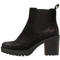 Vagabond GRACE Platform boots ($125) ❤ liked on Polyvore