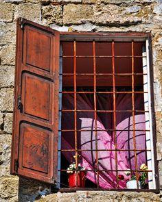 Aprite le finestre alla primavera.....
