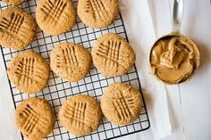 These tasty and healthy Peanut Butter Protein Cookies contain just 4 ingredients and are refined flour free! Get the full healthy peanut butter protein cooki. Dog Treat Recipes, Healthy Dog Treats, Cookie Recipes, Healthy Desserts, Flour Recipes, Protein Recipes, Healthy Recipes, Protein Snacks, Peanut Butter Protein Cookies