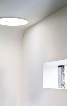 Få viden og inspiration her Roof Window, Geometric Form, Windows, Lighting, Inspiration, Home Decor, Geometric Fashion, Biblical Inspiration, Decoration Home