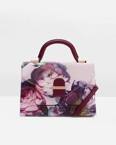 293b969584583 w 520%26h 650%26q 85 Floral Bags