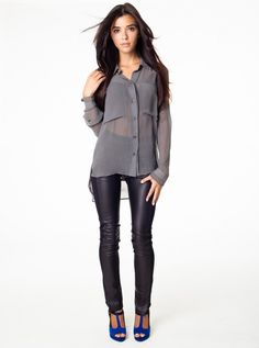 leather leggings http://www.juntengplastics.com/blog/the-trend-of-leather-leggings-growing-even-further-in-2014/