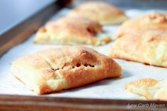 Low Carb Ham and Cheese Pockets make a great snack at 3 net carbs each! | low…
