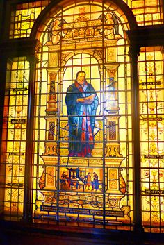 Hertford College, Oxford Stained glass wall dedicated to William Tynedale. I have a friend at the college and was able to see this for myself. Absolutely amazing.