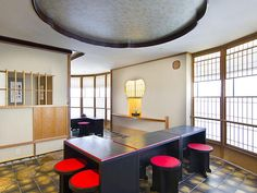Cool Japanese tea ceremony room Lucy Robert, Japanese Tea Ceremony, Ping Pong Table, Okinawa, Libraries, Offices, Room, Inspiration, Furniture