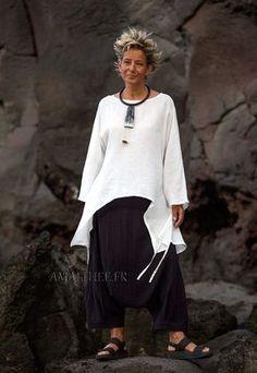 Tunique large déstructurée manches longues en lin fin blanc-:- AMALTHEE CREATIONS-:- n° 3437