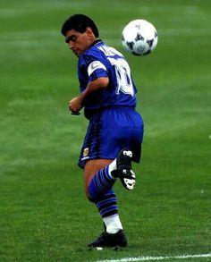 Football Casuals, Football Soccer, Soccer Ball, Maradona Tattoo, Samba, Premier League, Tango, Diego Armando, Soccer Inspiration