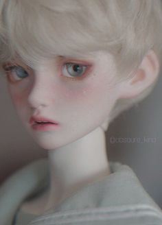 Pretty Dolls, Cute Dolls, Beautiful Dolls, Porcelain Doll Makeup, Human Doll, Pose Reference Photo, Gothic Dolls, Aesthetic Drawing, Cute Icons