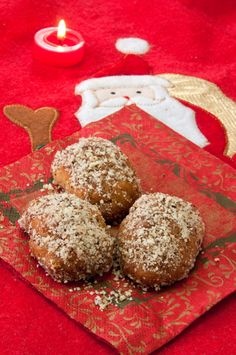 The absolute Greek Melomakarona / Honey cookies Greek Christmas, Christmas Sweets, Holiday Desserts, Holiday Cookies, Christmas Baking, Greek Sweets, Greek Desserts, Turkish Recipes, Greek Recipes