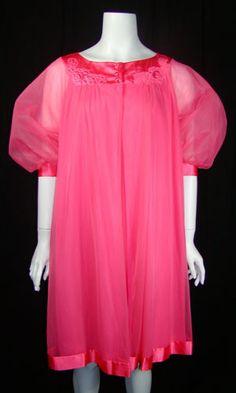 1960s Pink Peignoir from Gossard Artemis