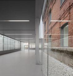 1. galeria do centro cívico cultural de palência, exit architects