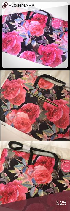NWT Overnight tote NWT Overnight tote. Pretty floral patterned large tote with outside zippered pocket. Zipper closure. New in packaging Arcadia Beauty Labs Bags Totes