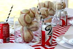 Throw your little leaguer the ultimate birthday party he won't soon forget. CHeck out these great decorating tips for throwing the ultimate baseball theme birthday party. Baseball Birthday Party, Sports Birthday, Birthday Party Themes, Sports Party, Grad Parties, Themed Parties, Childrens Party, Party Gifts, Party Time