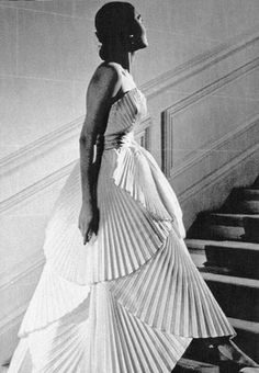 Christian Dior couture 1950s