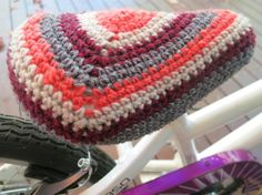 crochet bike seat cover by needleandspindle.com