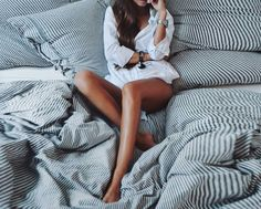 cozy morning in Lazy Morning, Easy Like Sunday Morning, Chill Pill, Canal No Youtube, Stay In Bed, Lazy Days, Lingerie, Getting Cozy, Mode Style