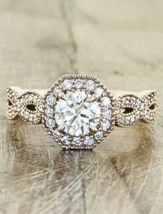 I'm a sucker for a unique, vintage-style setting. - Click image to find more jewelry posts