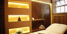 The gorgeous VIP room in the Gellért Spa with Igor the beast therapist
