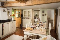 This Wiltshire cottage will fulfill all your fairytale countryside dreams