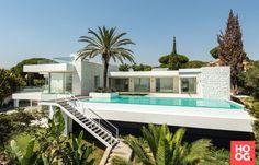 Moderne villa met luxe zwembad | luxe zwembad | zwembad in tuin | swimming pool ideas | Hoog.design
