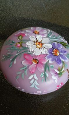 Decorate Bottles, Painted Rocks, Hand Painted, Decopage, Painting Patterns, Stencils, Easter, Crafty, Stone