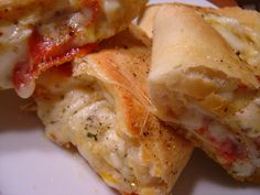 Pão divino de calabresa e queijo