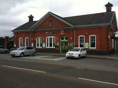 Horley Railway Station (HOR) in Horley, Surrey