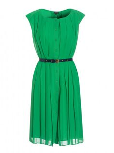 I really do have to get a green dress.....like now.