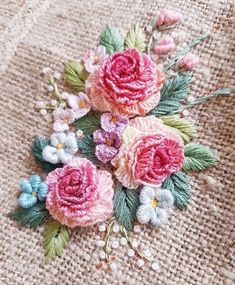 Bullion Embroidery, Brazilian Embroidery Stitches, Floral Embroidery Patterns, Embroidery Stitches Tutorial, Embroidery Flowers Pattern, Silk Ribbon Embroidery, Hand Embroidery Designs, Diy Embroidery, Needlework