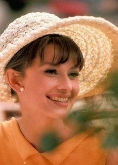 Audrey Hepburn, Womens Fashion! - Comunidad - Google+