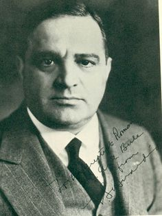Fiorello H. LaGuardia - mayor of New York City 1934-45, defeated a corrupt Democratic machine during depression and a world war.  Progressive who helped minorities.